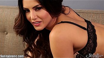 Sunny leone porn movies Striptease on the couch